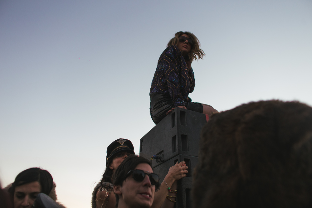 VOENA_BLACK_ROCK_CITY_BRC_BURNING_MAN_2013_PHOTOGRAPHY_EDITORIAL_SAM_WHITESIDE_CAI_GRIFFIN_DESERT_BURNERS-108.jpg