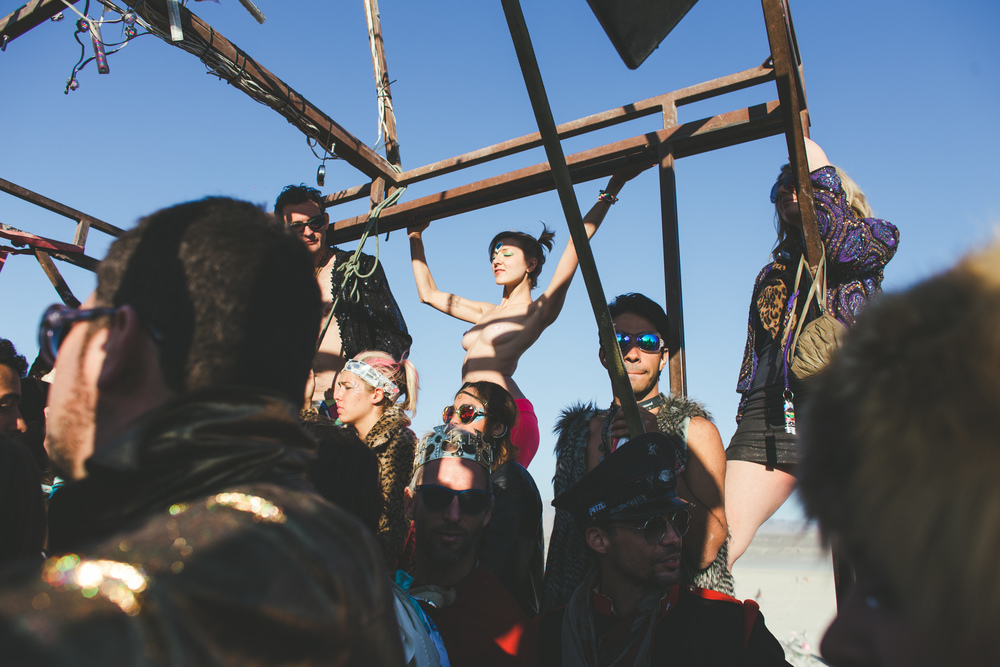 VOENA_BLACK_ROCK_CITY_BRC_BURNING_MAN_2013_PHOTOGRAPHY_EDITORIAL_SAM_WHITESIDE_CAI_GRIFFIN_DESERT_BURNERS-120.jpg