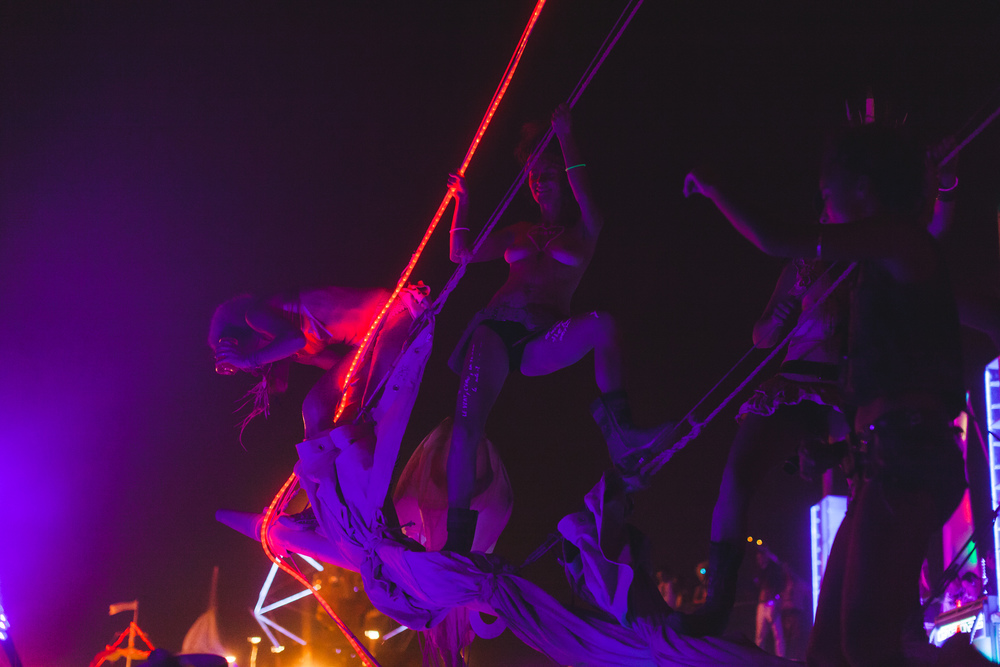 VOENA_BLACK_ROCK_CITY_BRC_BURNING_MAN_2013_PHOTOGRAPHY_EDITORIAL_SAM_WHITESIDE_CAI_GRIFFIN_DESERT_BURNERS-159.jpg