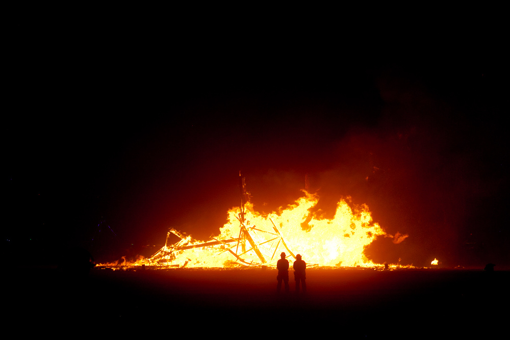 VOENA_BLACK_ROCK_CITY_BRC_BURNING_MAN_2013_PHOTOGRAPHY_EDITORIAL_SAM_WHITESIDE_CAI_GRIFFIN_DESERT_BURNERS-169.jpg