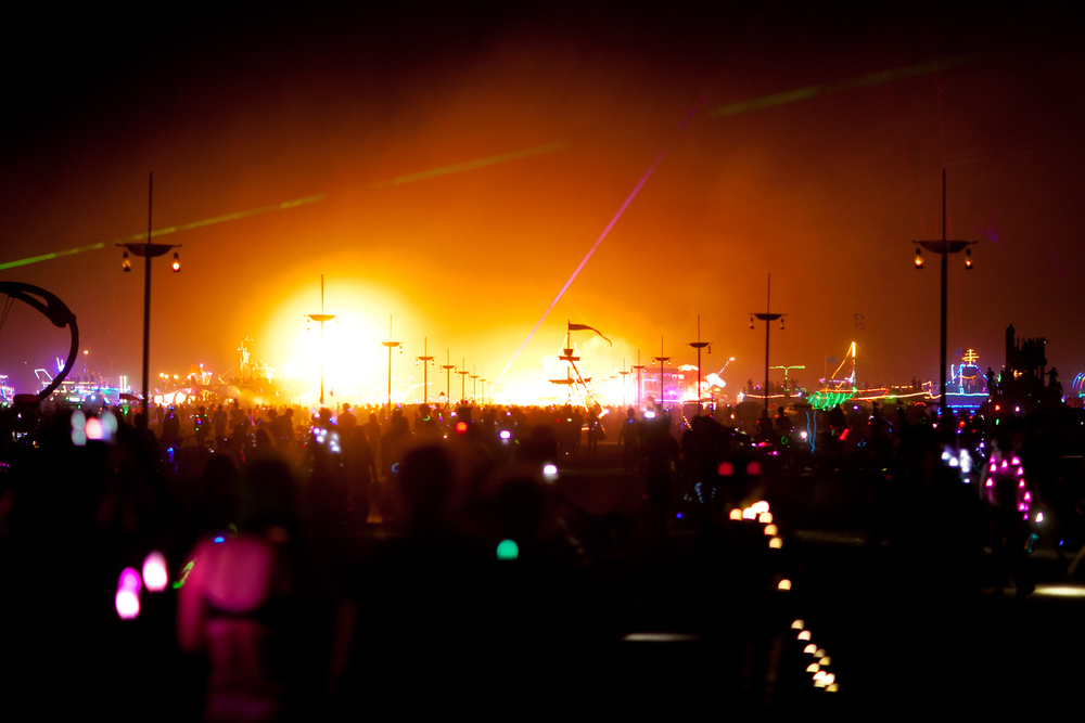 VOENA_BLACK_ROCK_CITY_BRC_BURNING_MAN_2013_PHOTOGRAPHY_EDITORIAL_SAM_WHITESIDE_CAI_GRIFFIN_DESERT_BURNERS-171.jpg