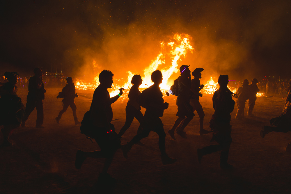 VOENA_BLACK_ROCK_CITY_BRC_BURNING_MAN_2013_PHOTOGRAPHY_EDITORIAL_SAM_WHITESIDE_CAI_GRIFFIN_DESERT_BURNERS-185.jpg