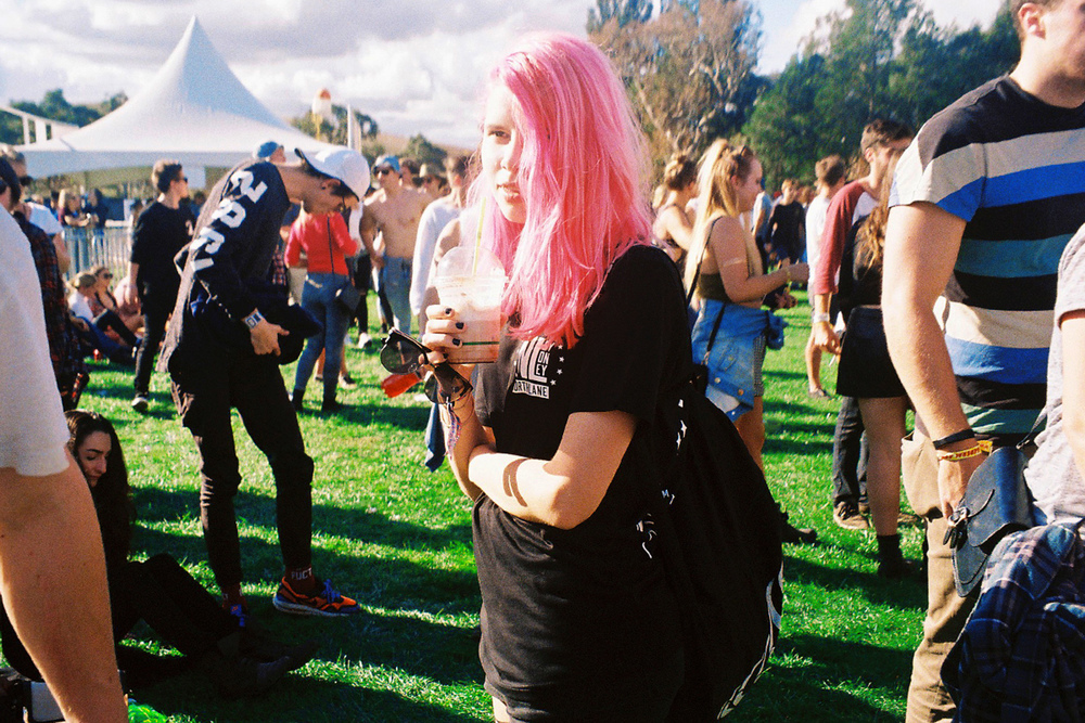 VOENA_GROOVIN_THE_MOO_CANBERRA_FILM_2015_35MM_PHOTOS-5.jpg
