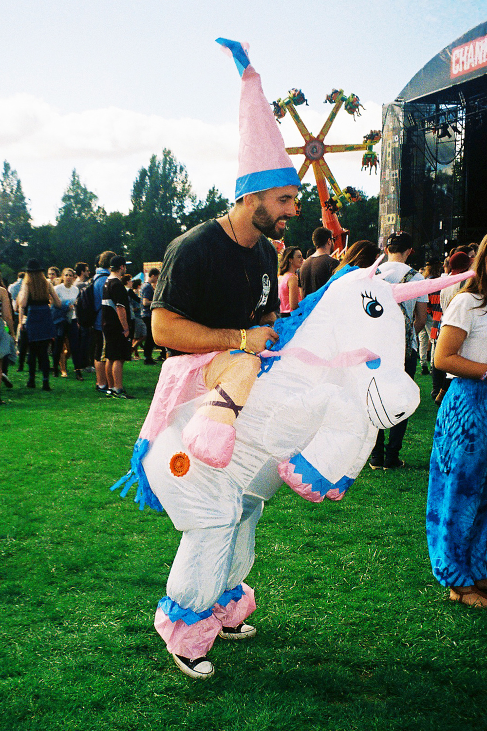 VOENA_GROOVIN_THE_MOO_CANBERRA_FILM_2015_35MM_PHOTOS-10.jpg