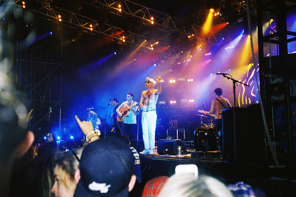 VOENA_GROOVIN_THE_MOO_CANBERRA_FILM_2015_35MM_PHOTOS-17.jpg