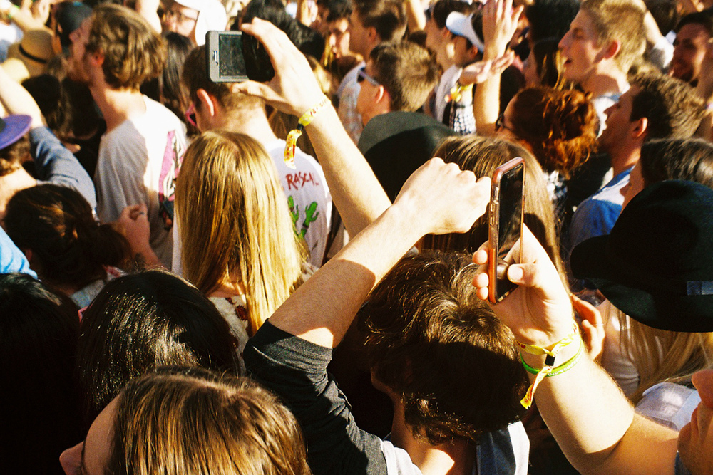 VOENA_GROOVIN_THE_MOO_CANBERRA_FILM_2015_35MM_PHOTOS-34.jpg