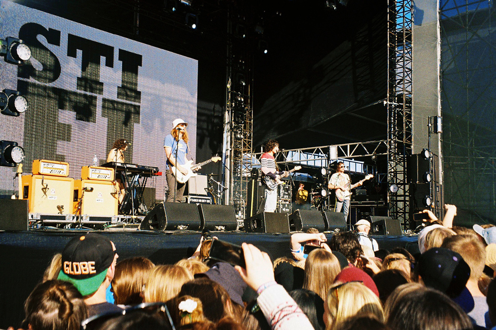VOENA_GROOVIN_THE_MOO_CANBERRA_FILM_2015_35MM_PHOTOS-33.jpg