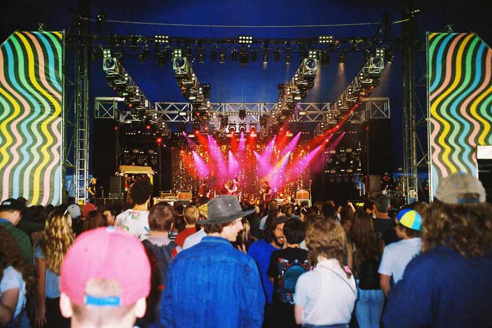 VOENA_GROOVIN_THE_MOO_CANBERRA_FILM_2015_35MM_PHOTOS-38.jpg