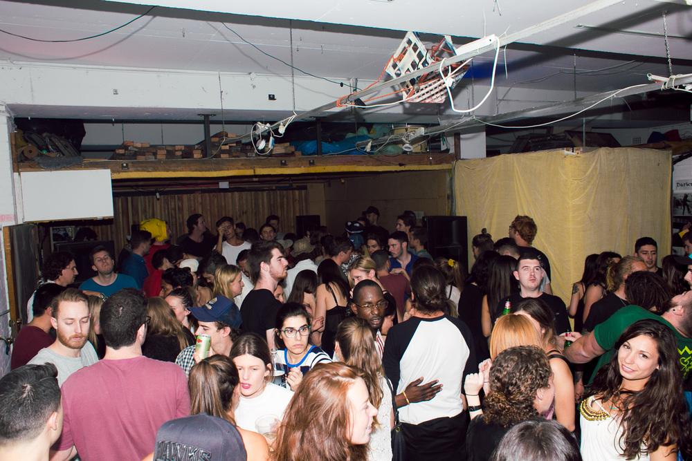 Voena_ghostly_warehouse_party_sydney_australia_borrowed_identity-33.jpg