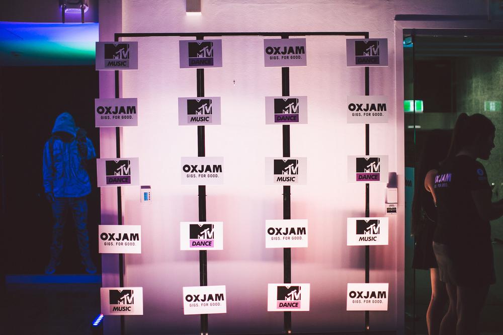 Voena_MTV_Oxjam_Sydney-5.jpg