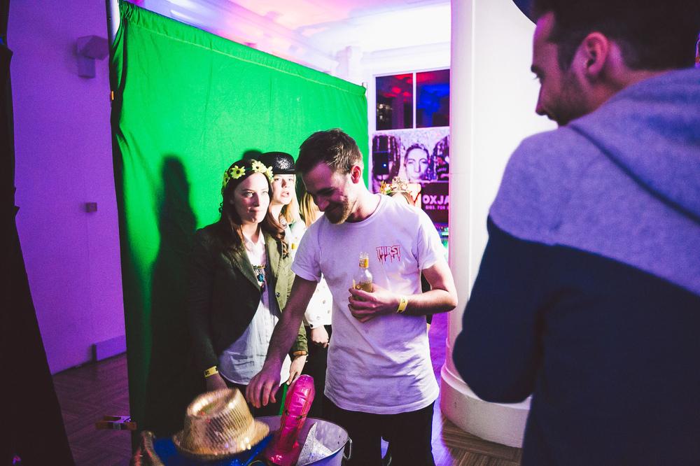 Voena_MTV_Oxjam_Sydney-26.jpg
