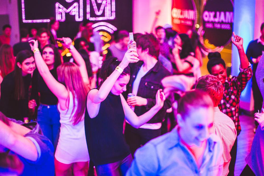 Voena_MTV_Oxjam_Sydney-44.jpg