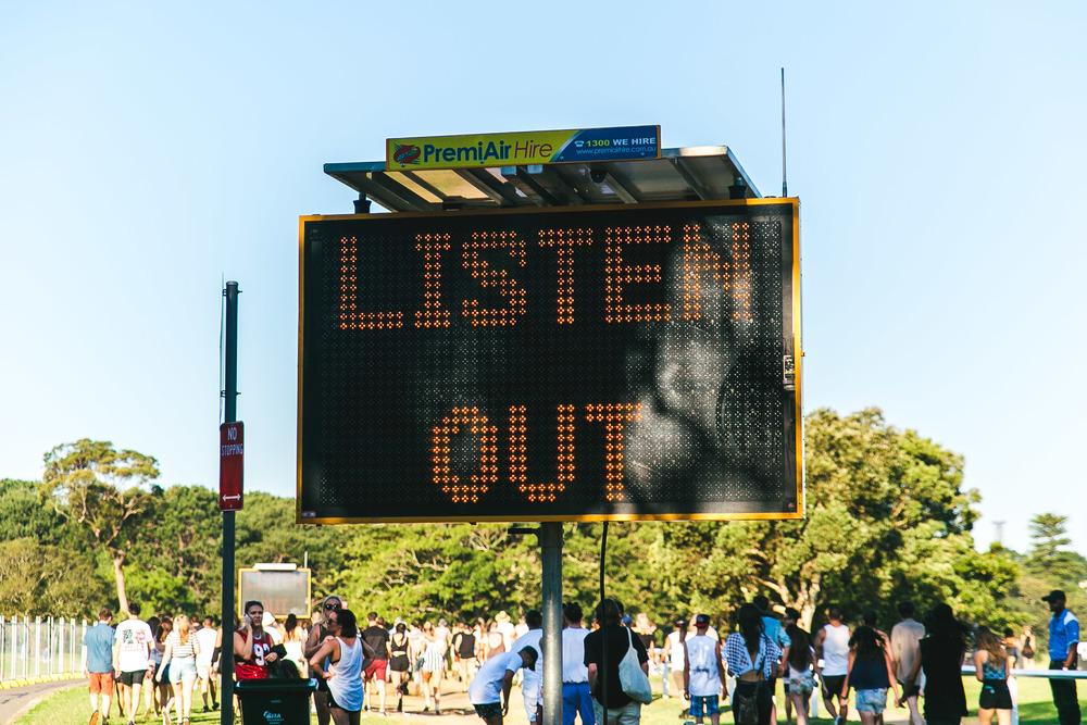 LISTEN OUT 2015 VOENA SYDNEY -1.jpg