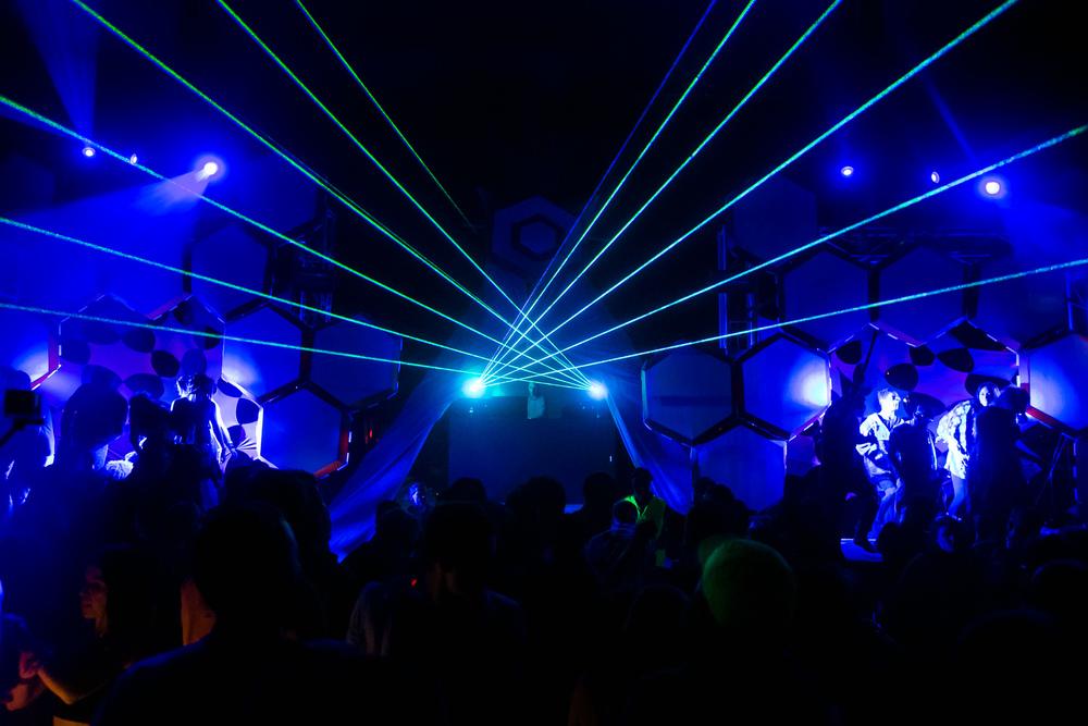 VOENA_EARTHCORE_2015_FESTIVAL_DOOF_BUSH-159.jpg