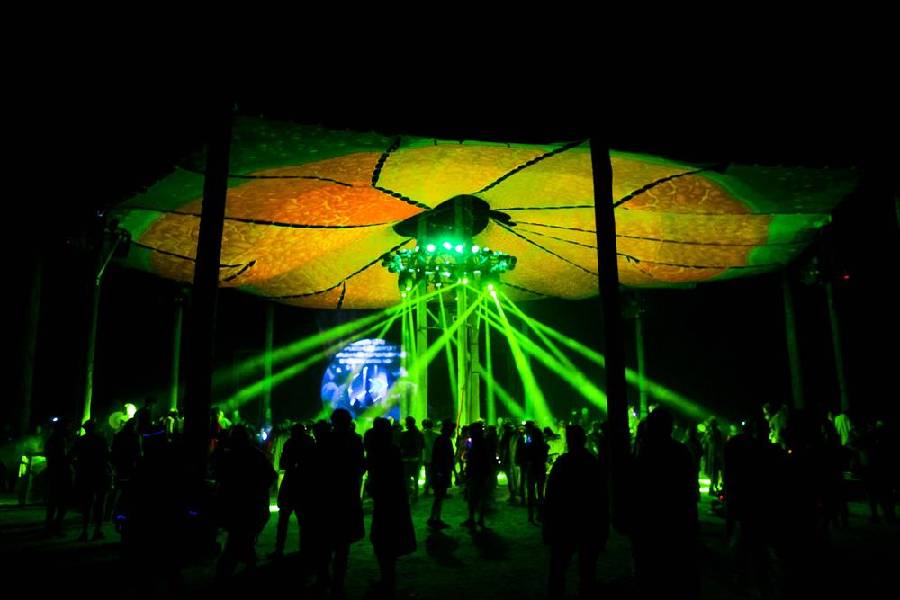 VOENA_EARTHCORE_2015_FESTIVAL_DOOF_BUSH-169.jpg