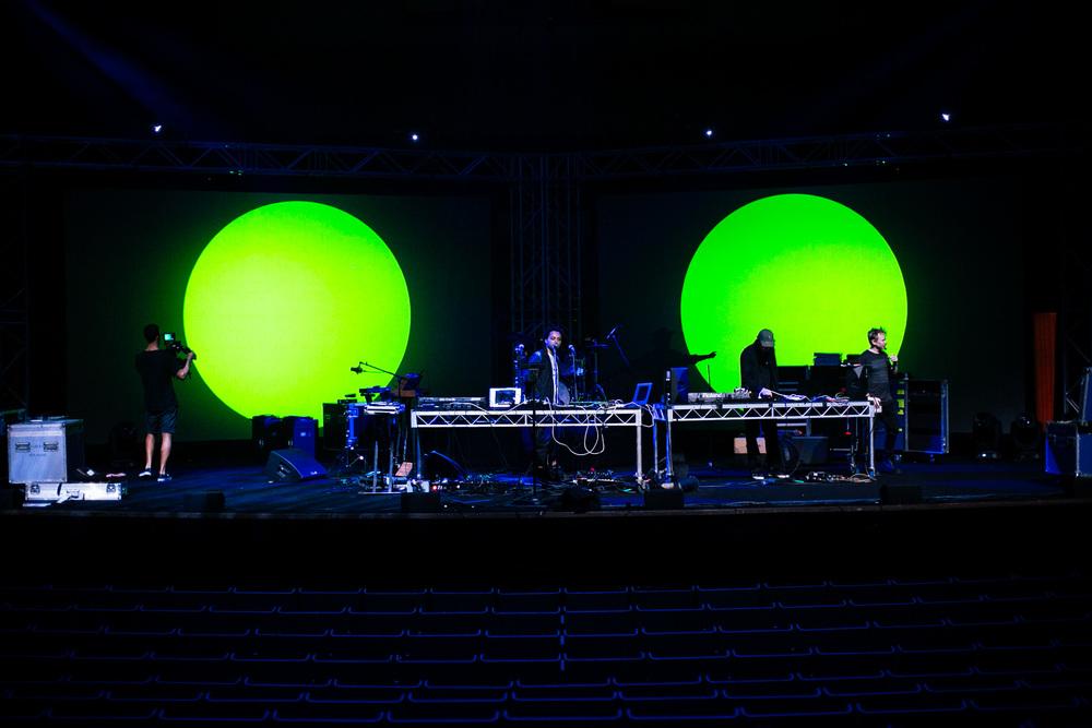 Voena_Vice_Samsung_Sound_+_Vision_Sydney_Opera_House-5.jpg