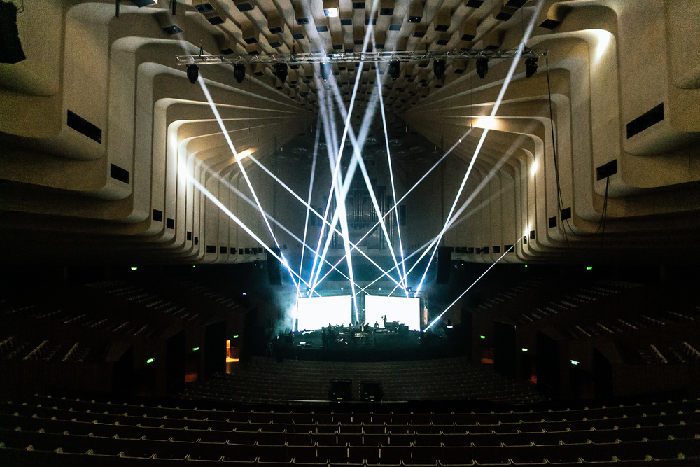 Voena_Vice_Samsung_Sound_+_Vision_Sydney_Opera_House-21.jpg