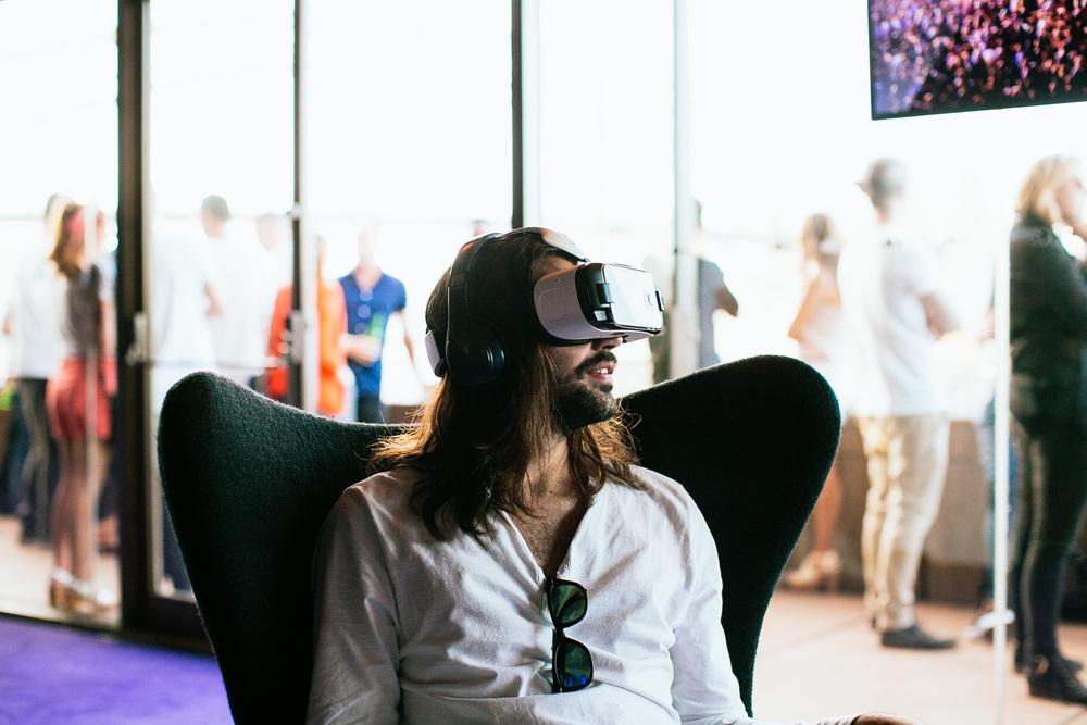Voena_Vice_Samsung_Sound_+_Vision_Sydney_Opera_House-48.jpg