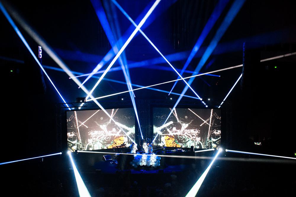 Voena_Vice_Samsung_Sound_+_Vision_Sydney_Opera_House-66.jpg