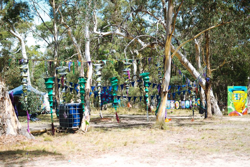 VOENA_LUCYS_UNDERGROUND_LABORATORY_2016_DOOF_FESTIVAL_AUSTRALIA-16.jpg