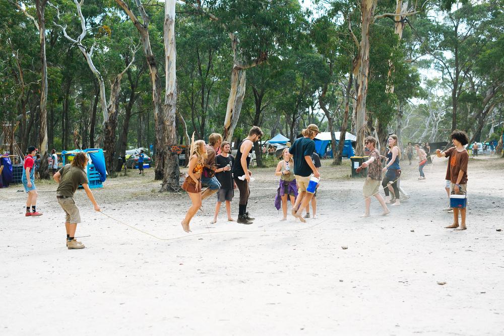 VOENA_LUCYS_UNDERGROUND_LABORATORY_2016_DOOF_FESTIVAL_AUSTRALIA-45.jpg
