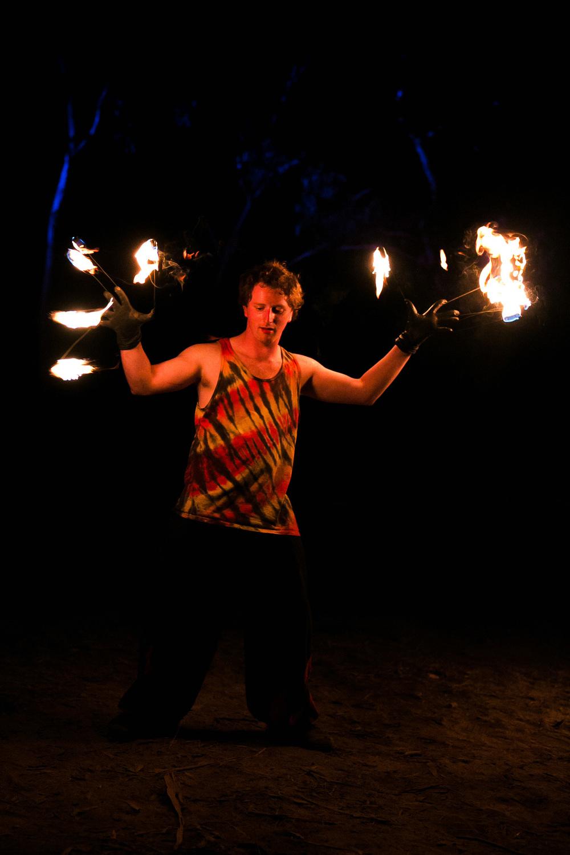VOENA_LUCYS_UNDERGROUND_LABORATORY_2016_DOOF_FESTIVAL_AUSTRALIA-62.jpg