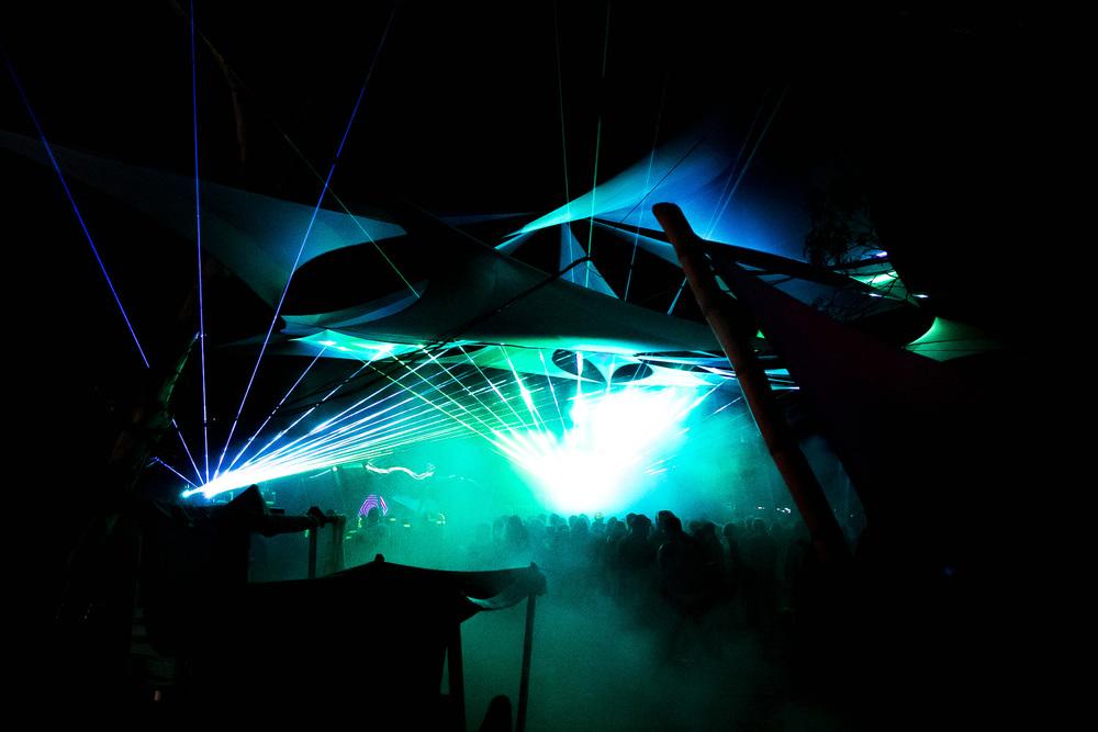 VOENA_LUCYS_UNDERGROUND_LABORATORY_2016_DOOF_FESTIVAL_AUSTRALIA-80.jpg