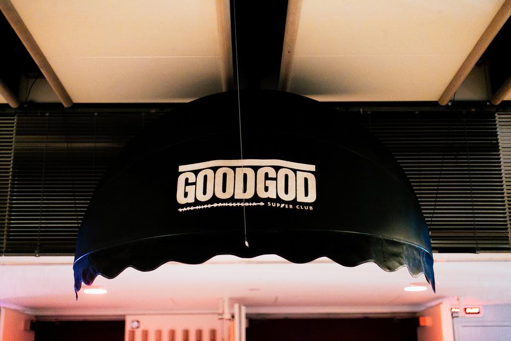 VOENA_GOOGGOD_VIVID_LIVE_SUPER_CLUB_2016-2.jpg