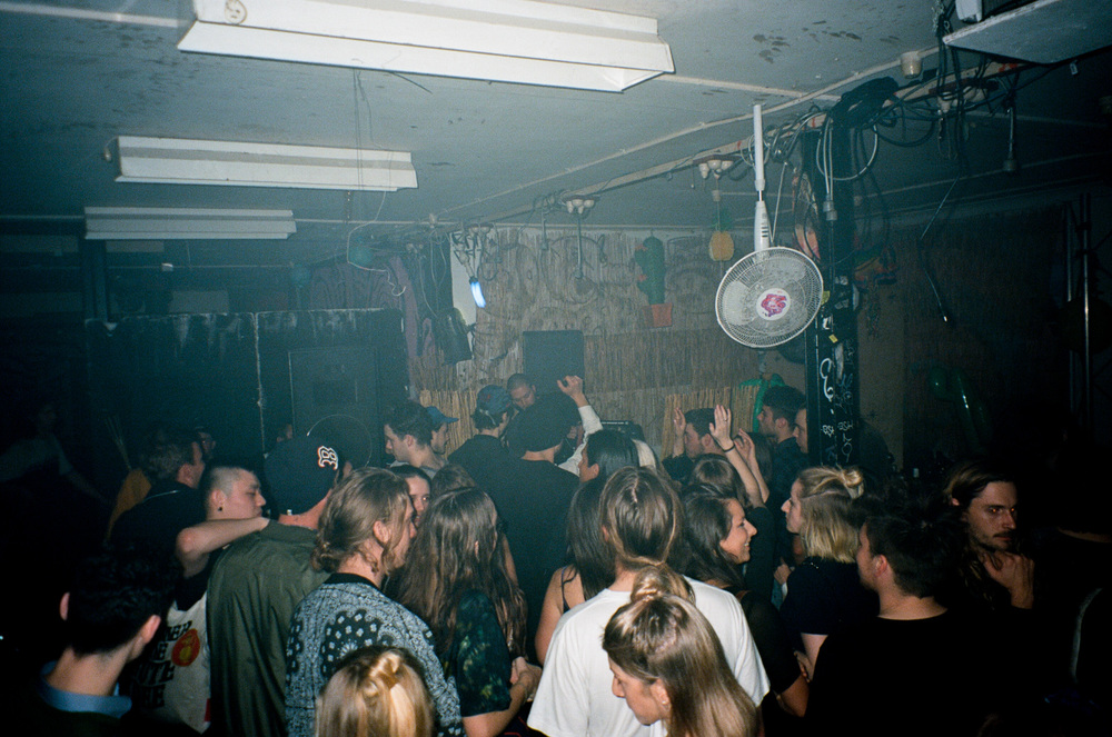 VOENA_MOONSHOE_FREDA_EP_LAUNCH_SYDNEY_WAREHOUSE_PARTY-31.jpg