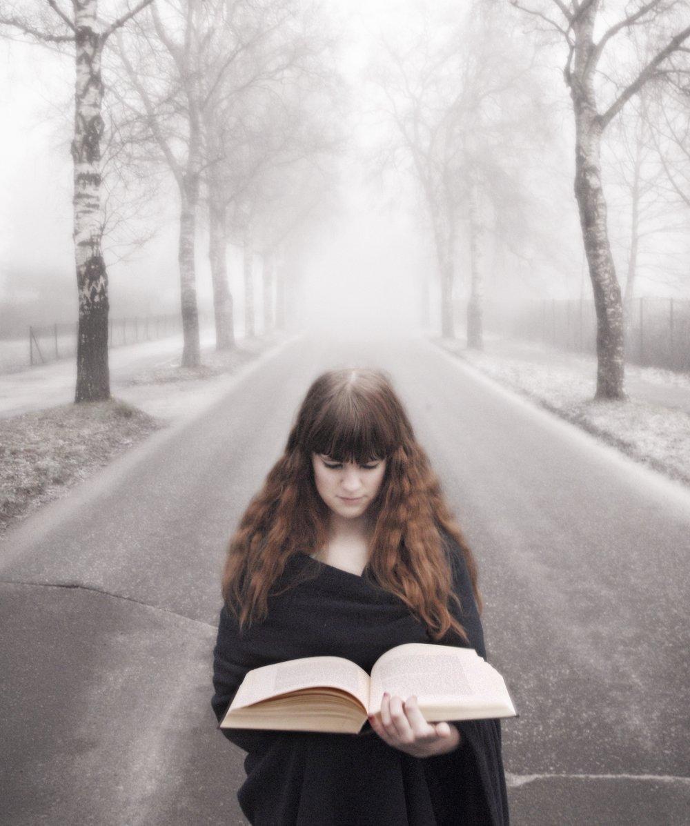 book-1358435.jpg
