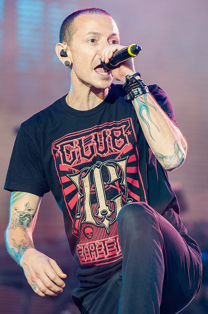 The late Chester Bennington of Linkin Park, performing in 2014.