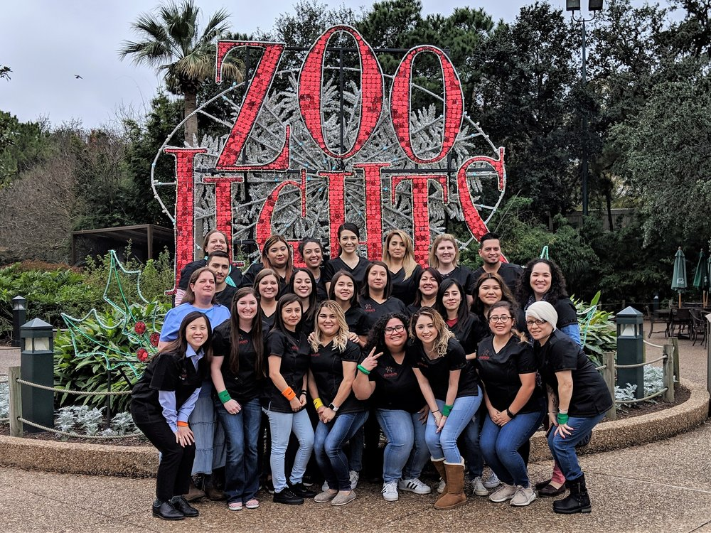 2018 - Staff meeting & scavenger hunt at the Houston Zoo.