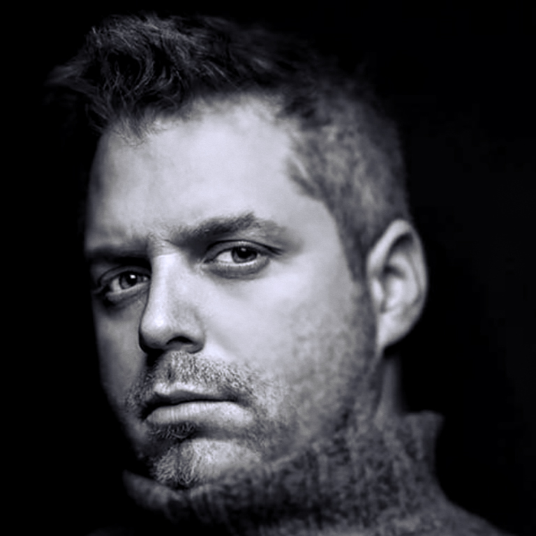 DAN PORTRAIT-WEBSITE-Square.jpg