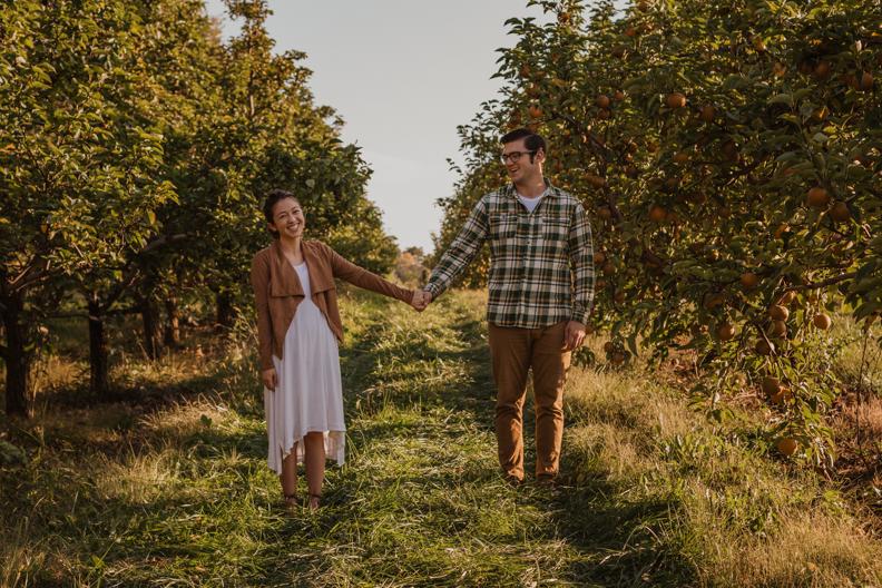 Appleworks-Engagement-Indiana-Photographer-4.jpg