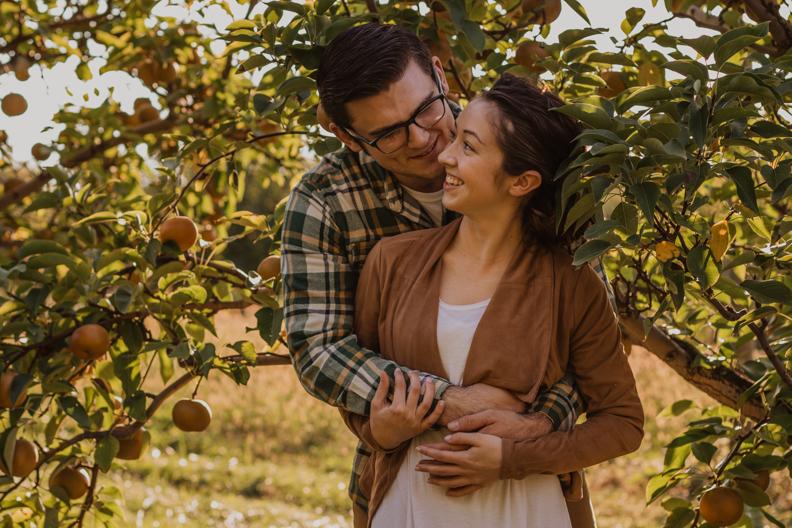 Appleworks-Engagement-Indiana-Photographer-5.jpg