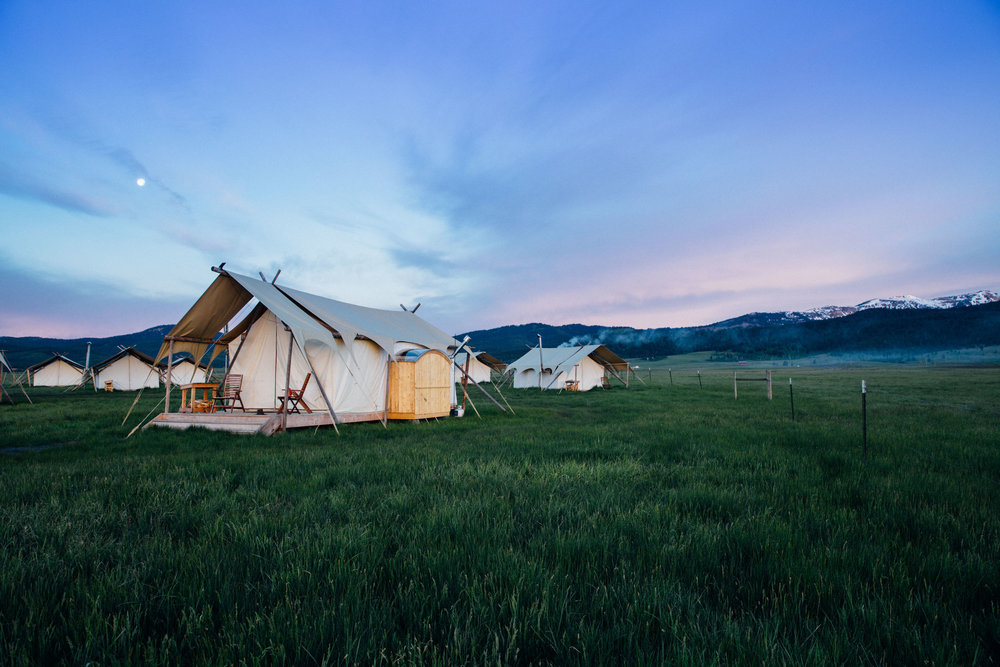 Wedding Venues in Wyoming Under Canvas Yellowstone