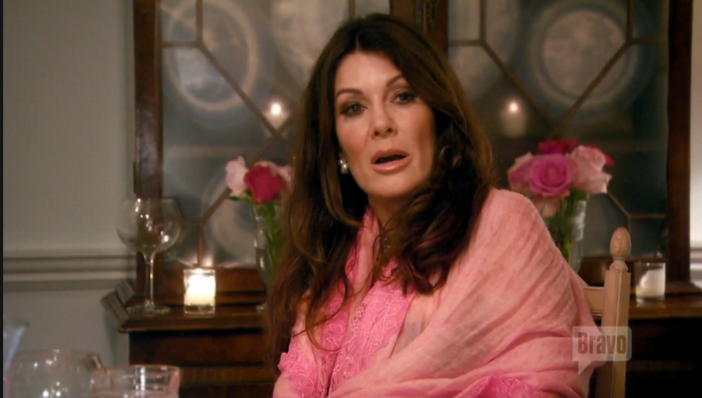 lisa-vanderpump-hamptons-guarded