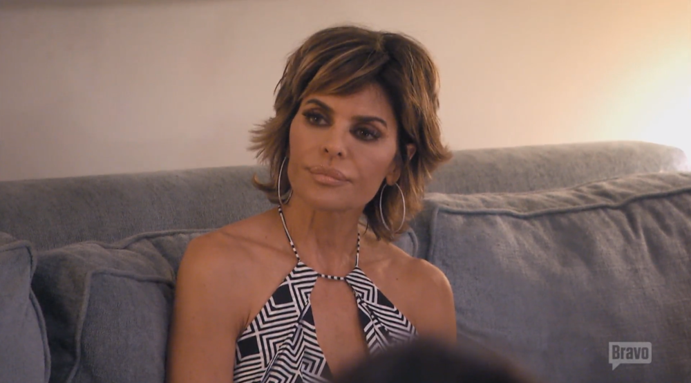 lisa-rinna-who-told-yolanda