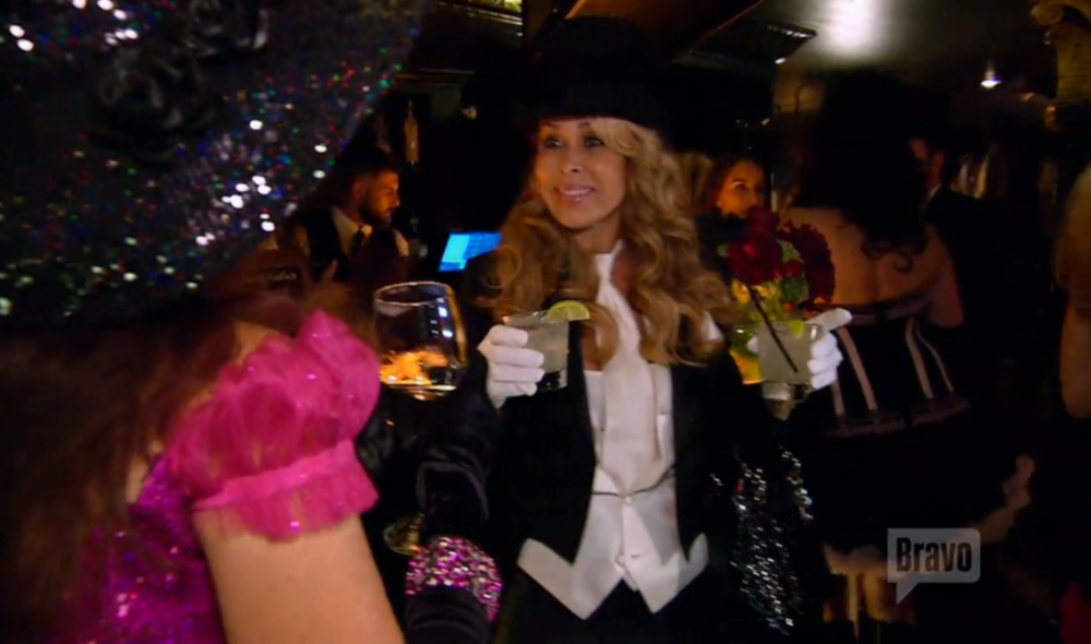 faye-resnick-moulin-rouge-party