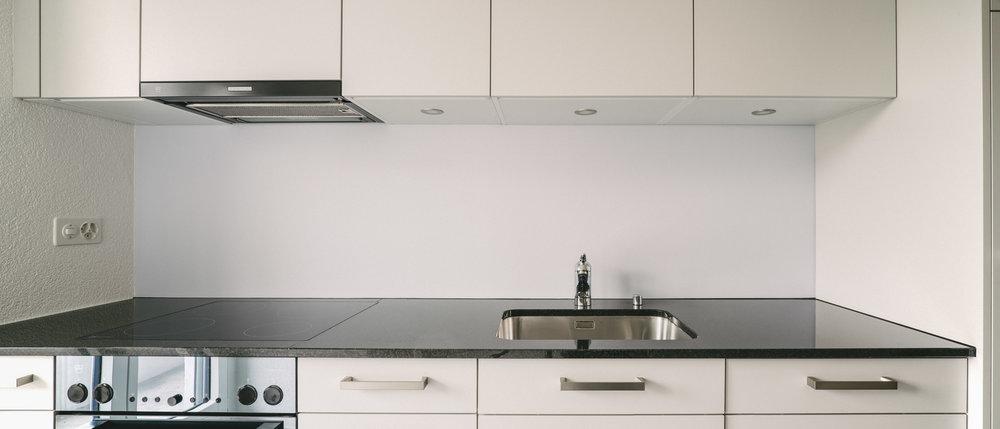 Innensanierung Burgfelderstrasse Küchenzeile Basel, Consilium Architektur und Baumanagement
