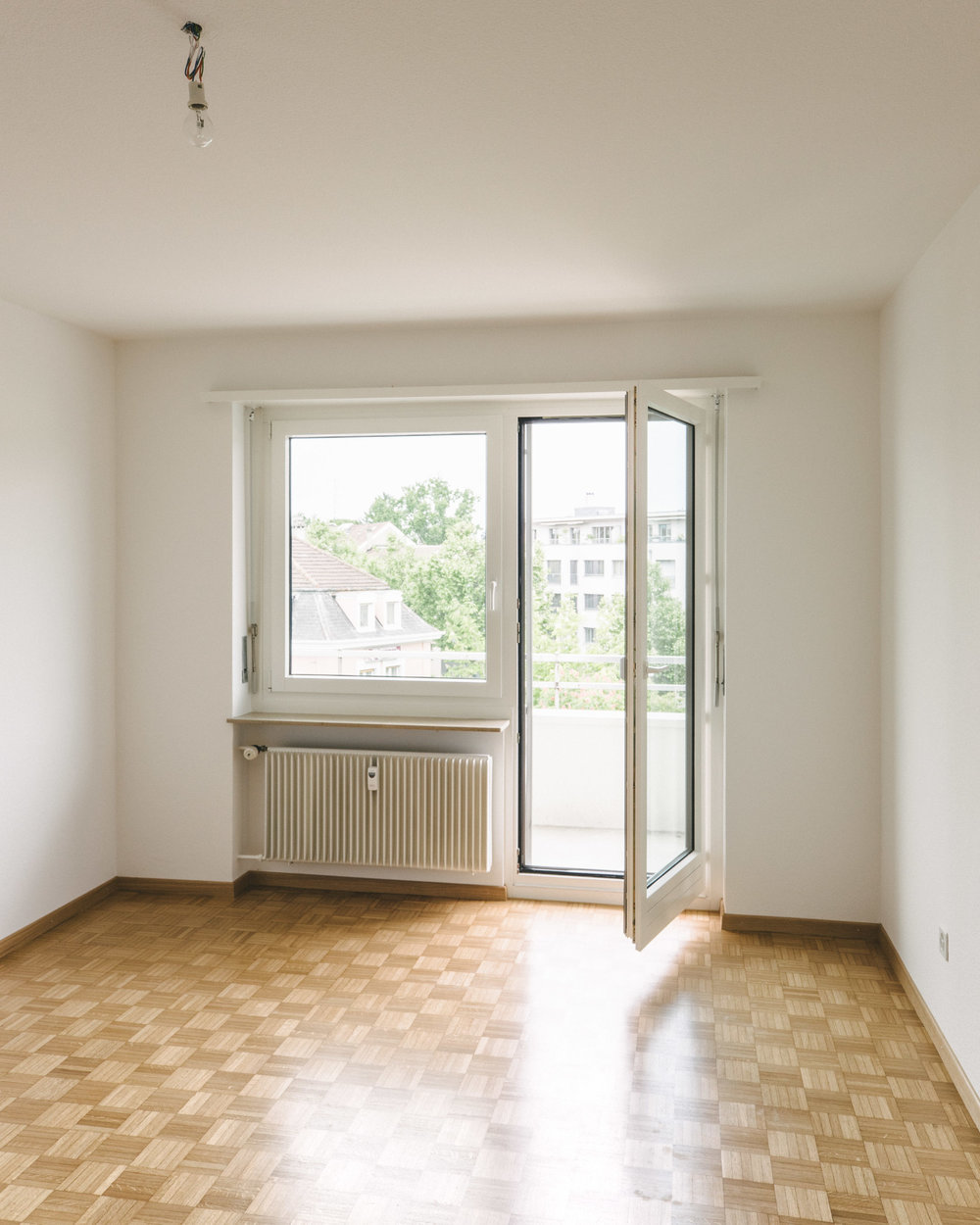 Innensanierung Basel Balkontüre, Consilium Architektur und Baumanagement