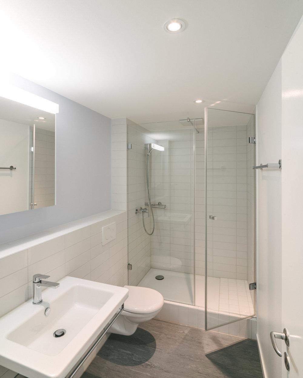 Innensanierung Dusche Basel, Consilium Architektur und Baumanagement