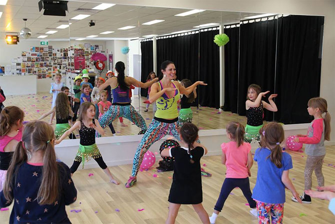 Kids-zumba-fitness-class-entertainment-canberra.jpg