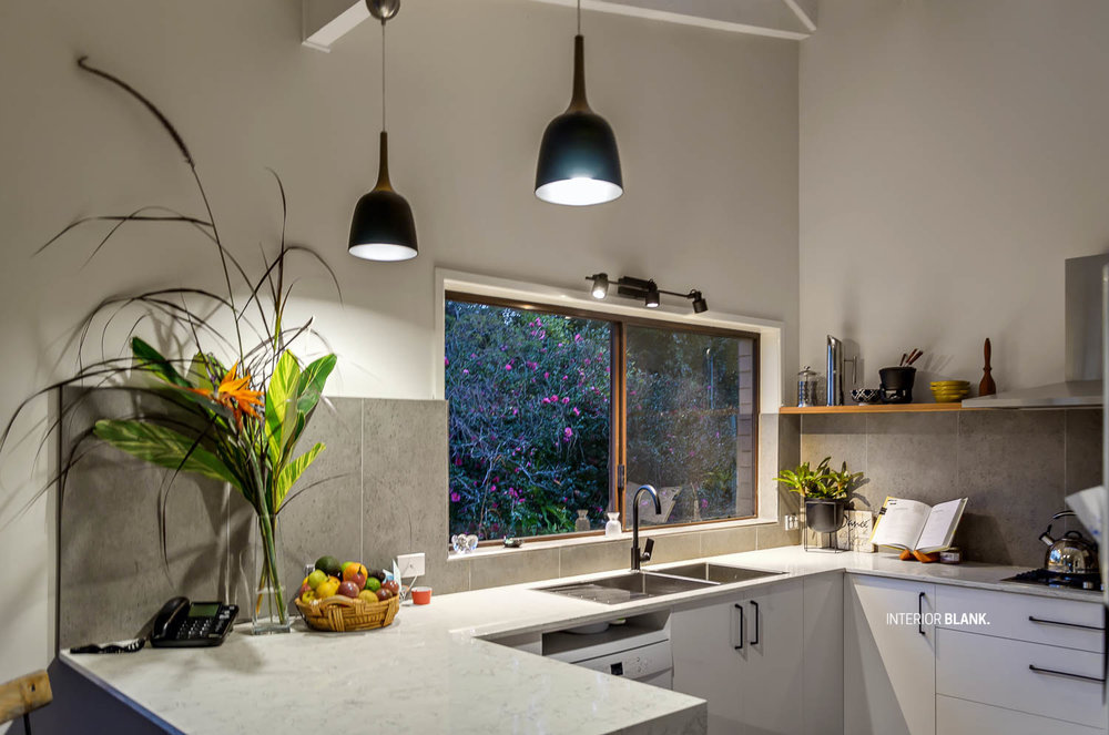 Kitchen-design-interiorblank-bilambil-gold-coast-pendant-light