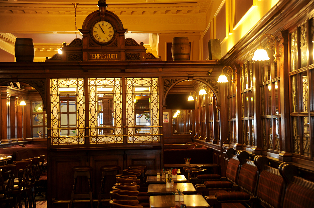 3 Madigans North Earl Street (Upstairs Interior Clock Tempus Fugit) © 2015 Mick Langan 007.jpg