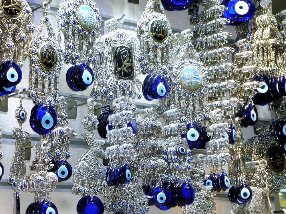 evil eye spit greek tradition