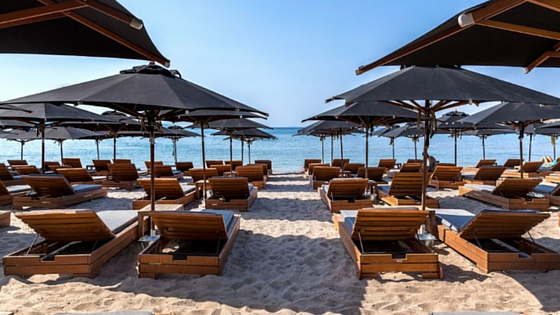 Chill out at Yabanaki sandy beach in Varkiza (Picture by Varkiza Resort Website)