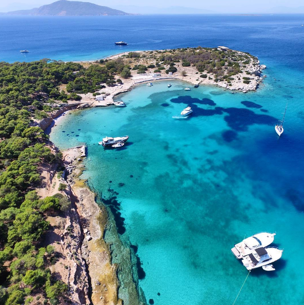 Magnificent Moni island, just off Aigina island in the Saronic Gulf (Picture via  Instagram )