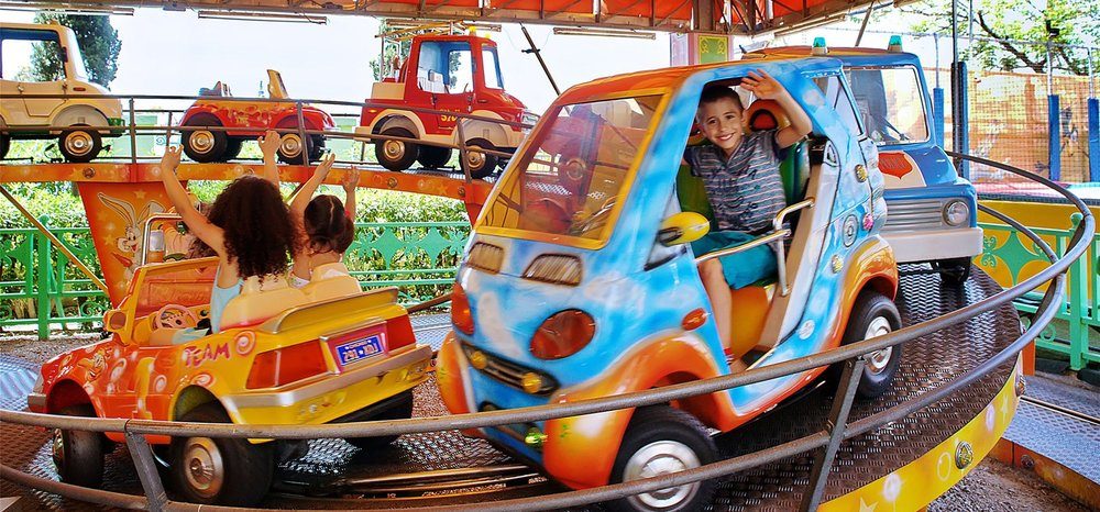 The biggest amusement park in Athens for young kids is Kidom in Rendis area. (Picture by Kidom/Website)