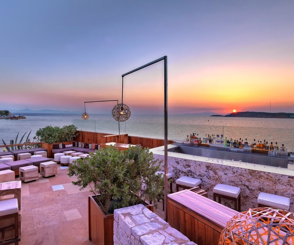 Sunset at Nobu Matsuhisa Athens inside Astir Palace Resort (Picture by Matsuhisa Athens/Facebook)